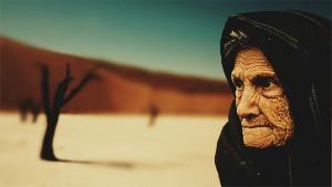 """""""En los ojos de los jóvenes vemos llamas, pero en los ojos de un anciano vemos la luz"""". P. Juan Jáuregui Castel"""