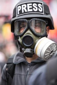 gas-mask-2333328_1280